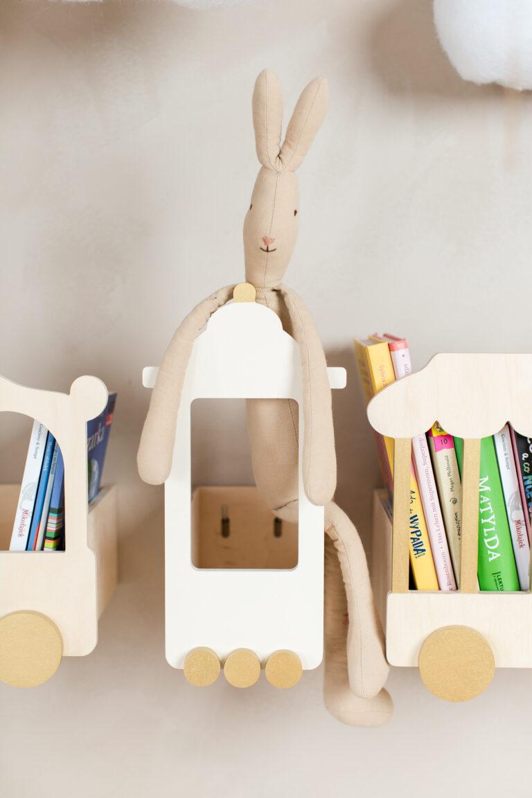 train shelf for books kids